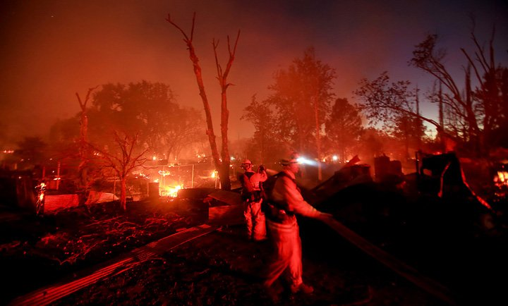 Arson Wildfire Destroys 175+ Buildings: California Governor Declares State of Emergency