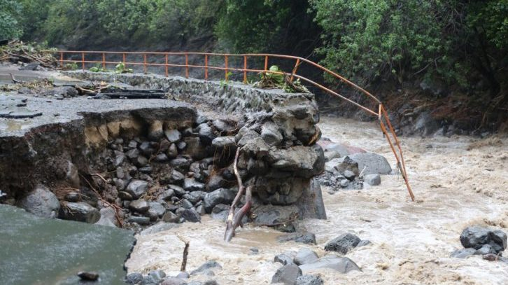 Widespread Flash Flooding and Landslides on Maui Prompt Emergency Proclamation