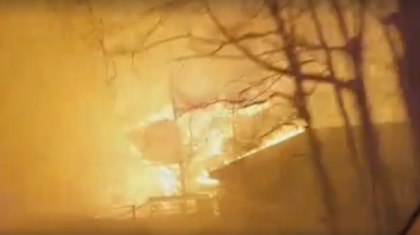 WATCH: Residents Flee for their Lives Escaping Gatlinburg Tennessee's Chimney Top Fire