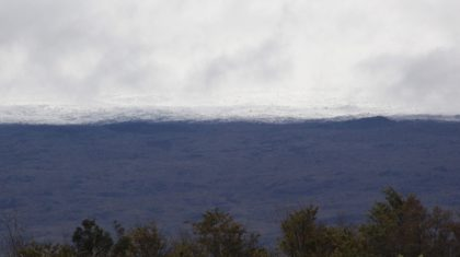 Heavy Snow Falls in Hawaii Mountains
