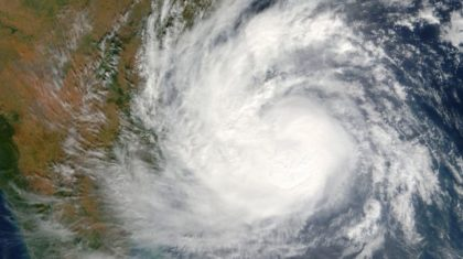 Several Dead, Thousands Evacuated as Cyclone Barrels Towards India