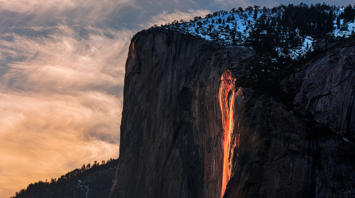 WATCH: Waterfall At Yosemite Turns Into Firefall
