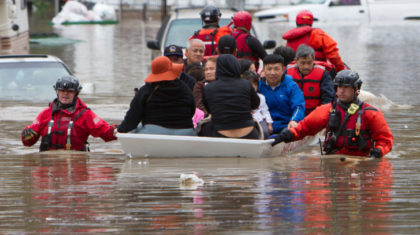 11 Images That Show the Human Side of San Jose California Flooding & Evacuation
