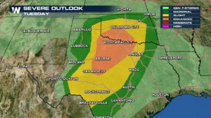 10 Million at Risk of Very Large Hail and Tornadoes Tuesday