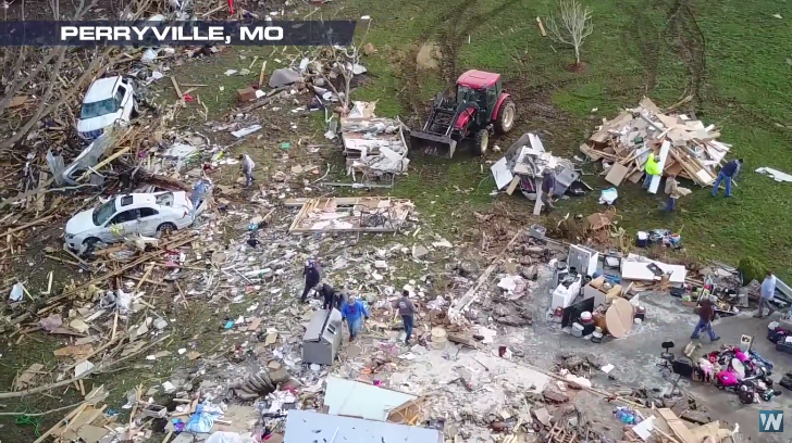 Tornadoes Leave 3 Dead in Central U.S.