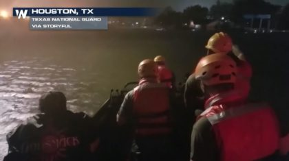 VIDEO: Texas National Guard Performs Night Rescues in Houston