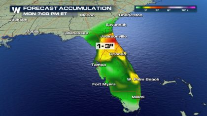Heavy Florida Rain Tapers Off Into Weekend