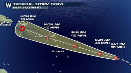 Beryl Continues to Weakens as it Moves Towards the Lesser Antilles