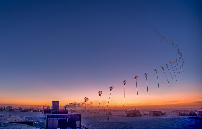 photo time lapse from 091018 ozonesonde rises over the south pole
