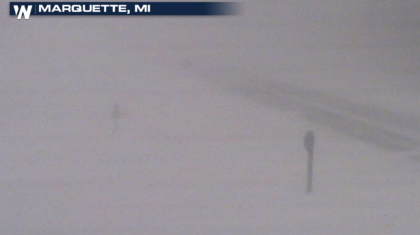 Pockets of Heavy Lake Effect Snow in the Great Lakes