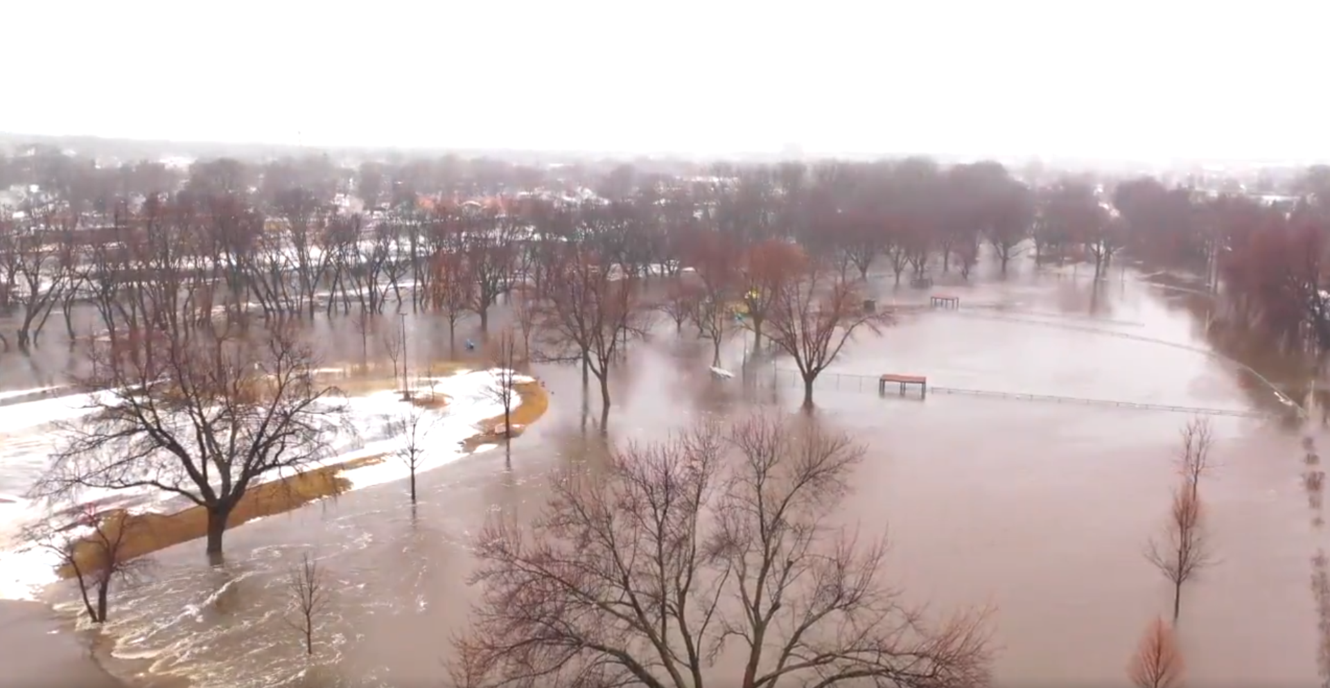 Flooding Risk for the Plains and Great Lakes