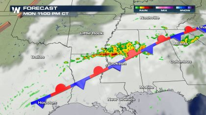 Isolated Severe Storms Monday from the Texas Gulf Coast to the Tennessee Valley