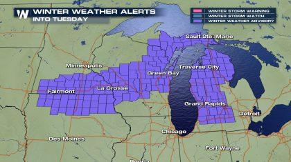Snow Chances for the Great Lakes Monday