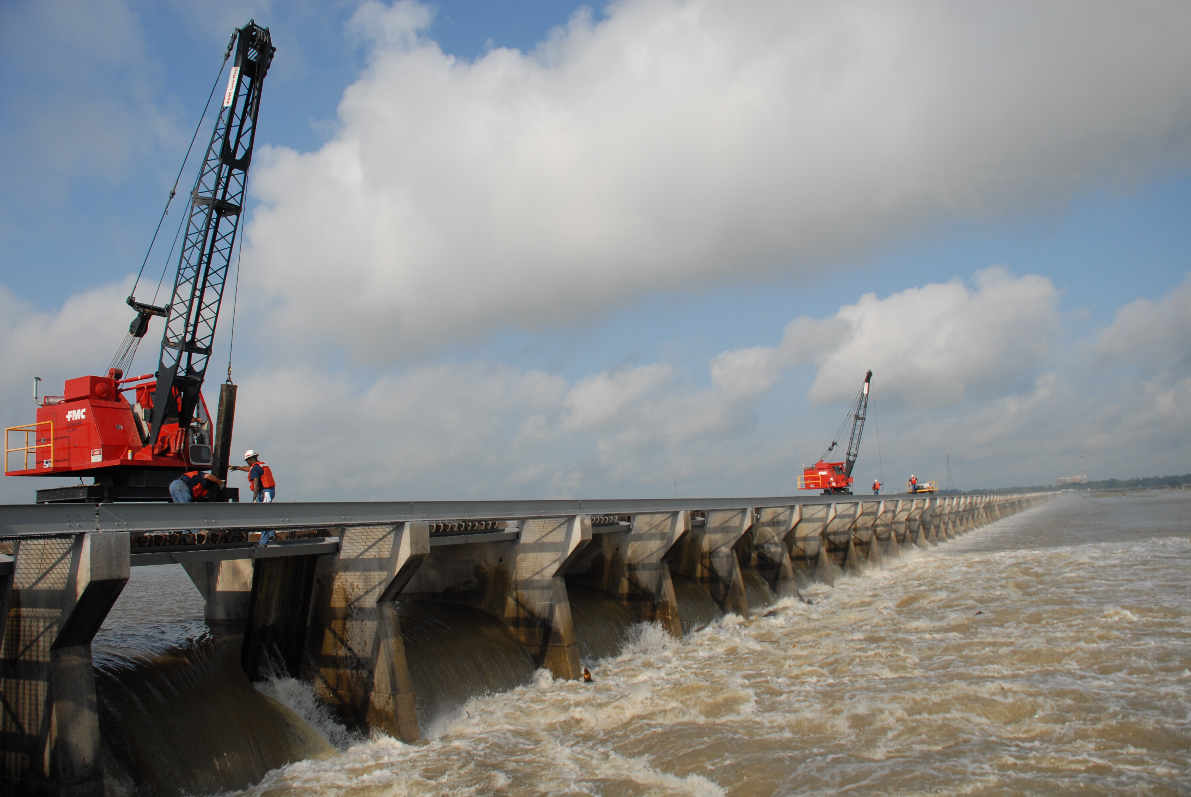 Army Corp to Open Spillway near New Orleans to Lower Mississippi River Levels