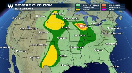 Severe Thunderstorms in the Plains & Midwest for Memorial Day Weekend