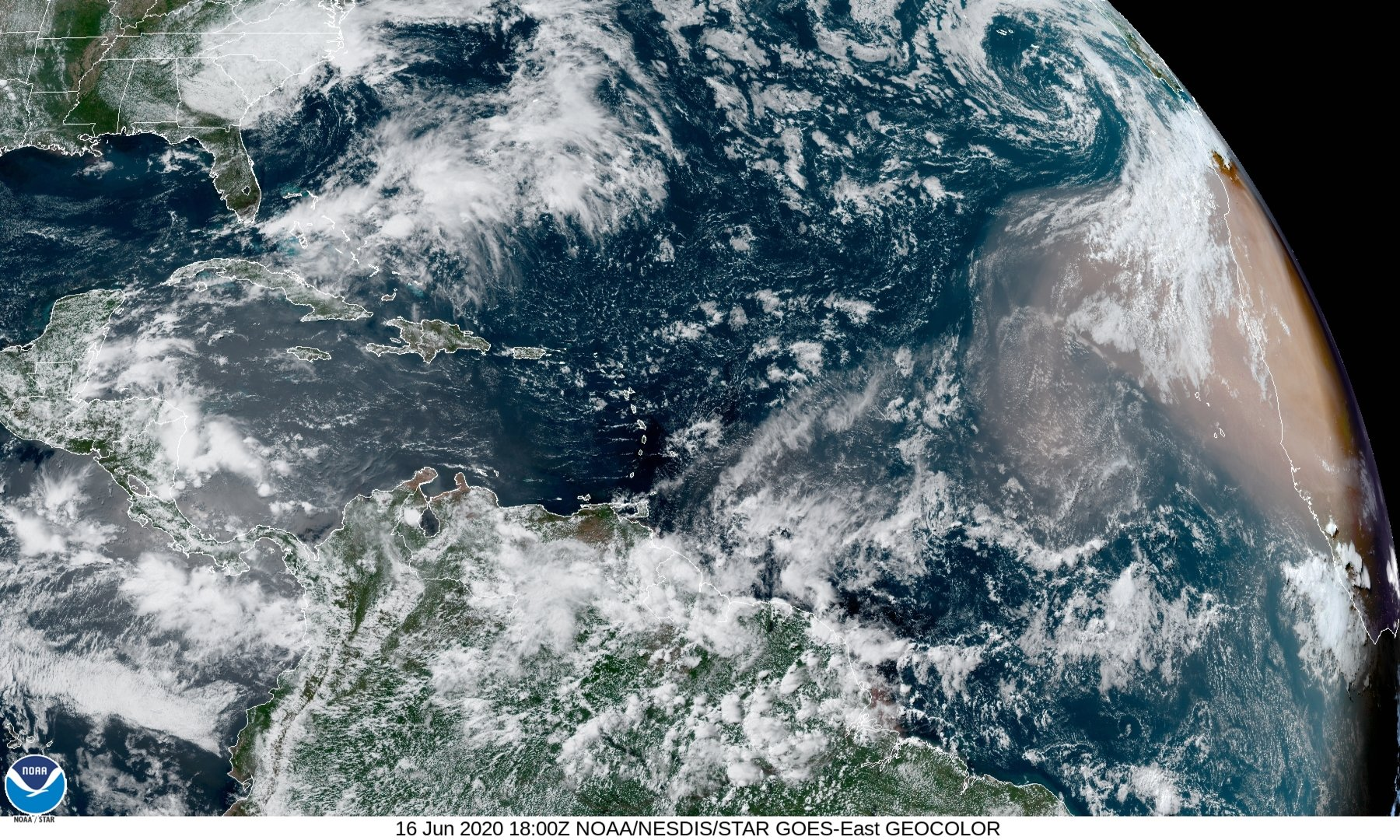 Large Cloud of Saharan Dust headed toward the U.S. and Caribbean - How It Impacts Hurricanes and Sunsets