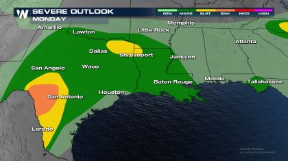 Monday Severe Storms from the South to the Outer Banks