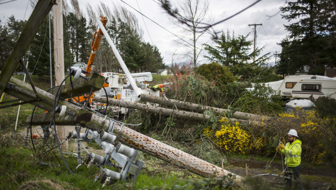 Hurricane Force Winds Batter Washington State