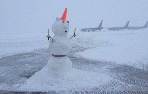 Blizzard Conditions Shut Down Denver International Airport Indefinitely
