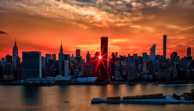 Eight Unbelievable Images: Final Manhattanhenge of 2015