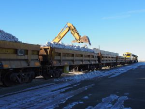 Iditarod: Snow-Starved Anchorage Has to Haul Snow in by Train Load