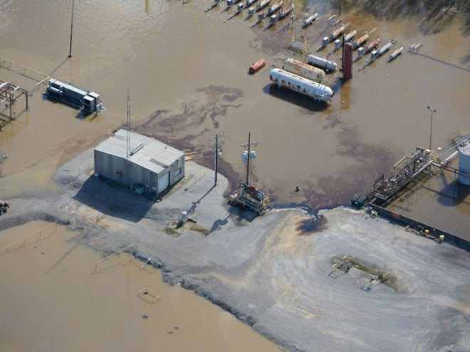 PHOTOS: Floodwaters in Texas Washover Oil Wells & Fracking Sites