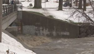 Lake-Effect Snows Rapidly Melting in Buffalo, Flooding Ensues